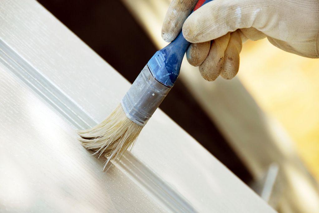 Zoom comment refaire la peinture d un meuble m lamin Peindre meuble melamine