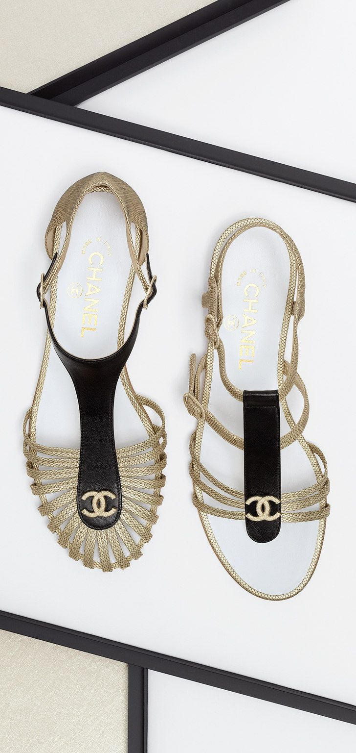 Sandales bijoux en cuir d agneau - CHANEL   Shoes   Pinterest ... 4dbebc404ef8