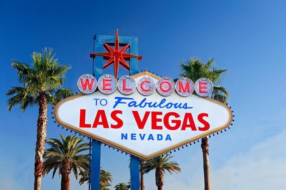 Welcome To Las Vegas Sign Neon Sign Photo Las Vegas Wall Etsy In 2021 Moving To Las Vegas Las Vegas Sign Las Vegas Photos