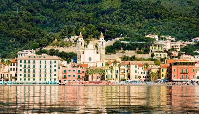 Liguria: Laigueglia | ITALIA DA SCOPRIRE | Voglia di ...
