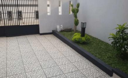 30 Desain Keramik Garasi Mobil Minimalis Terbaru Desain Rumah Minimalis Rumah Hijau Desain Taman