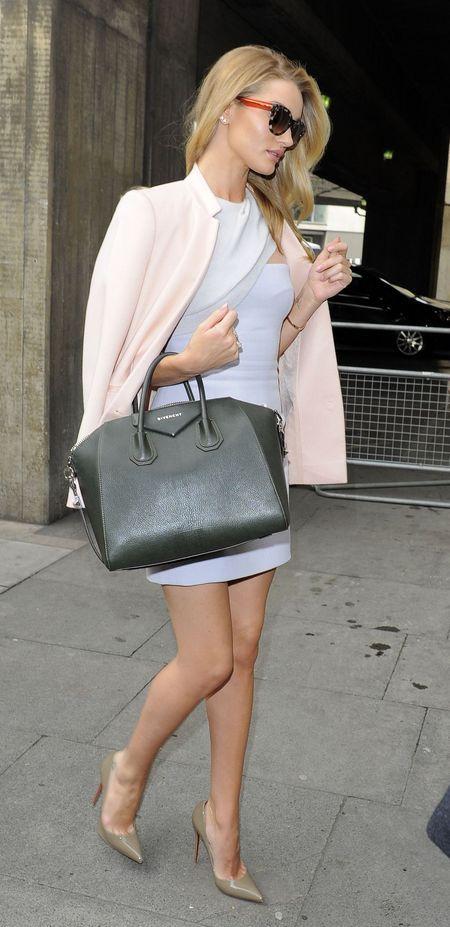 Rosie Huntington Whiteley and her Givenchy Antigona bag. www.handbag ... b1d9da9a2b2f7