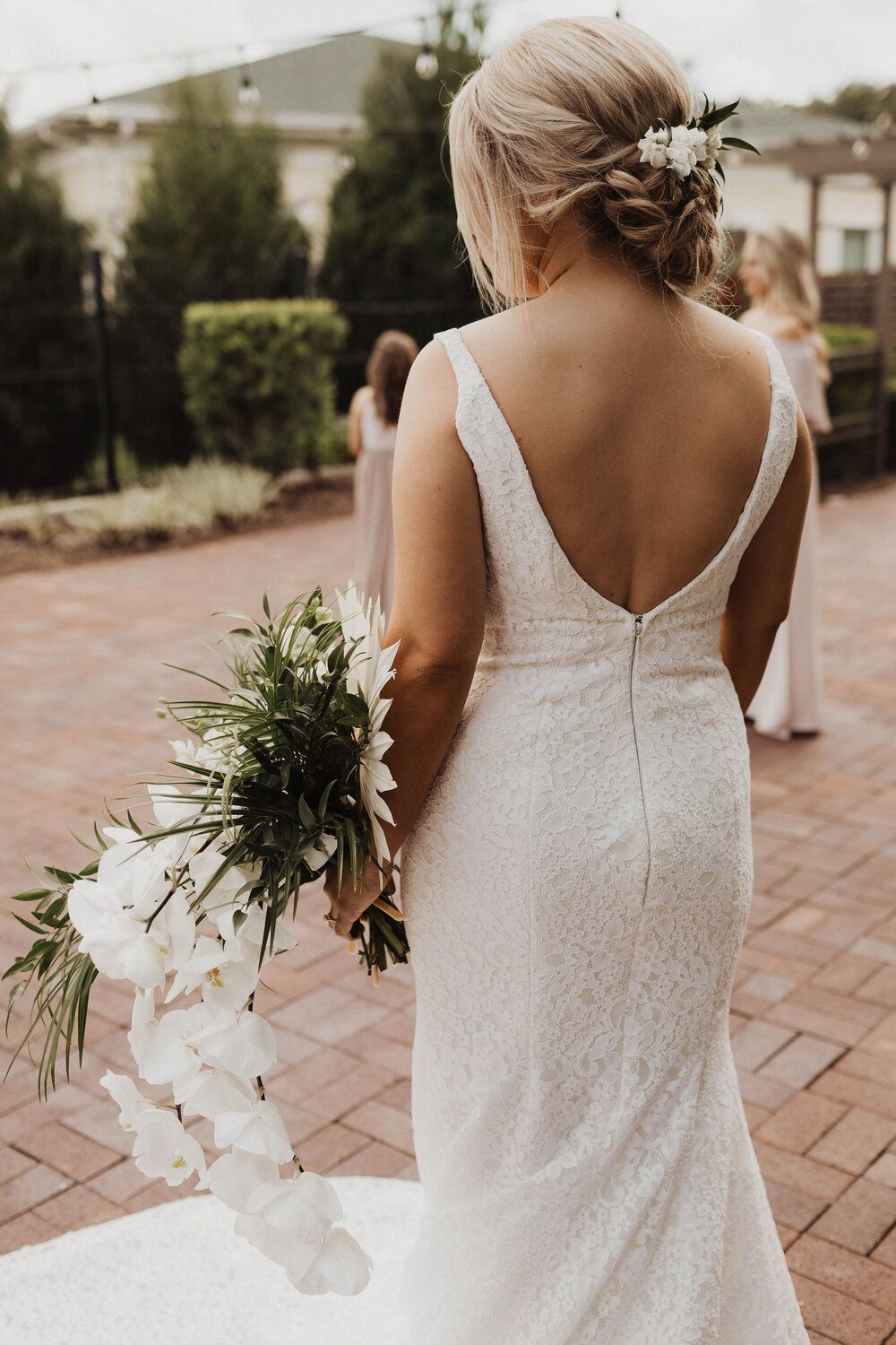 A Tropical Summer Wedding in Florida with Endless Tropical