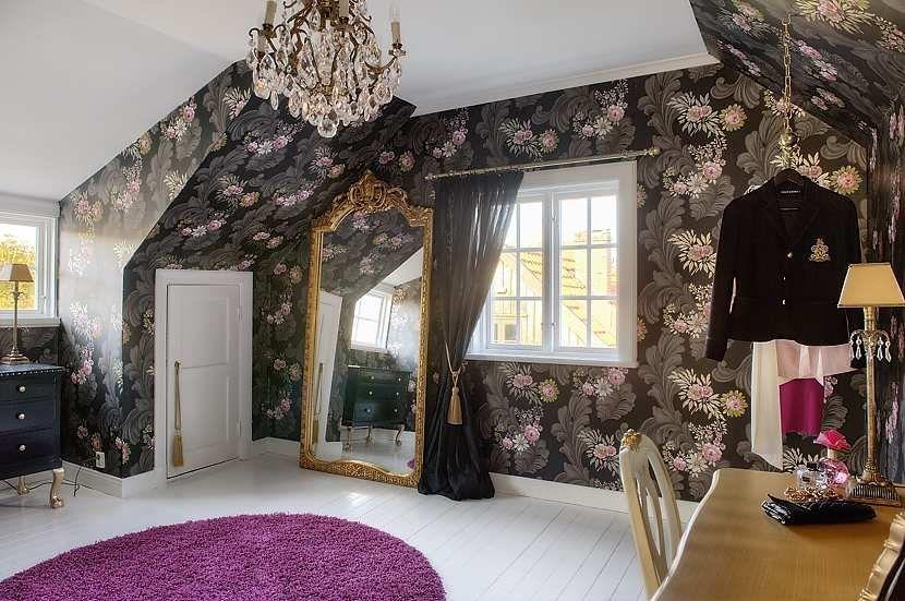 Unexpectedly dramatic wallpaper in this Scandinavian dressing room #feminine #dressing_room #decor