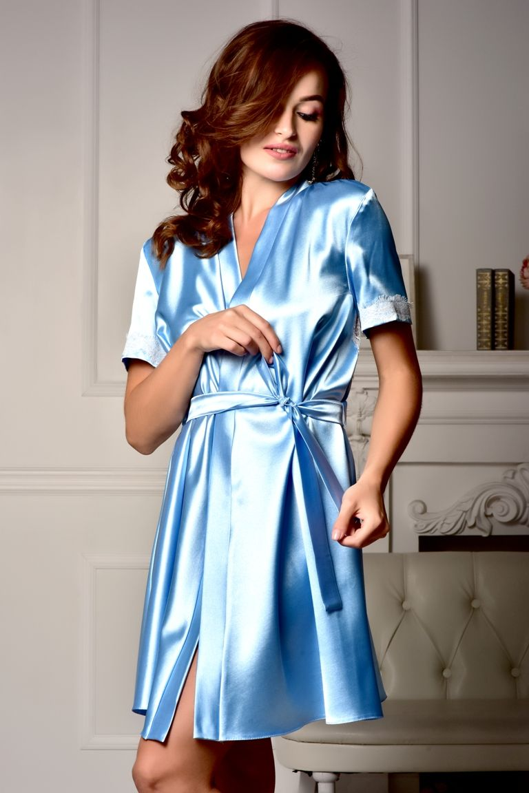 5bf22c043a This lovely short bridesmaid robe is made of blue stretch satin. The back  of the robe is of white Chantilly lace.