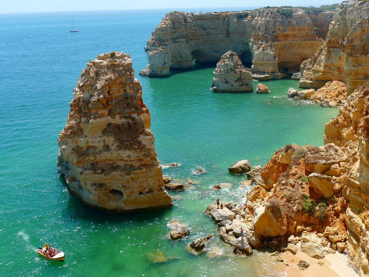Things To Do In Algarve Portugal 3 Day Itinerary From Faro To Lagos Cheap Beach Vacations Portugal Beach Algarve