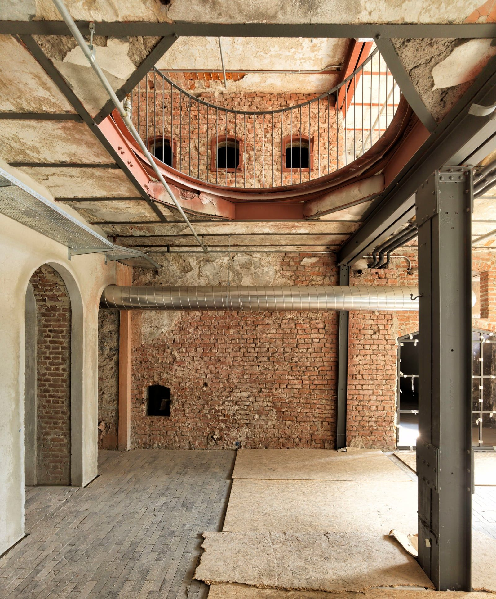 Han Tümertekin, Cemal Emden · Bomonti Brewery Interior