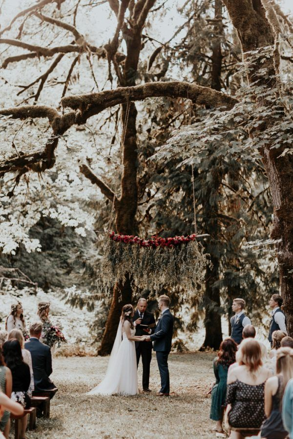 This Emotional Portland Wedding Took Place at the Bride\'s Childhood ...
