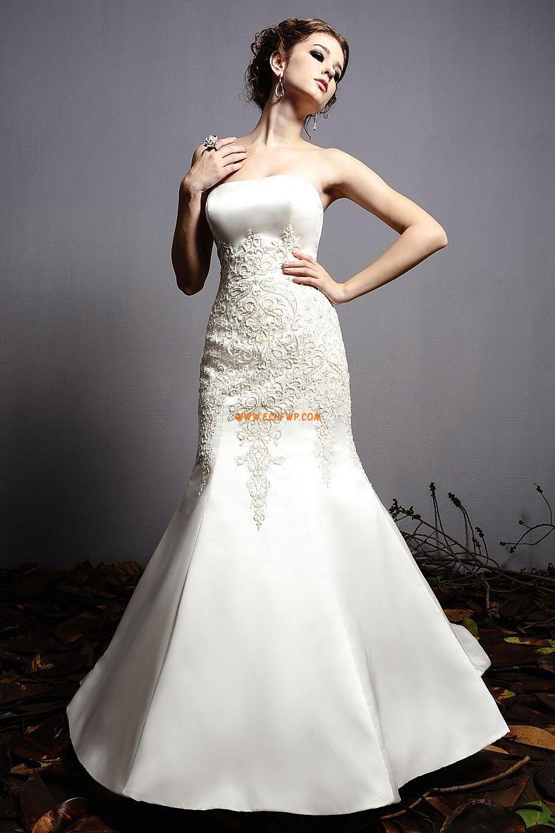 Hall Sheath Klassisk & Tidlös Billiga Bröllopsklänningar