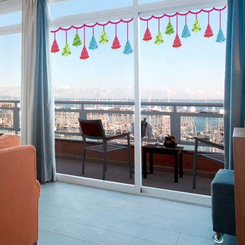 Con esta guirnalda de arboles de navidad podr s decorar - Cristales para paredes ...