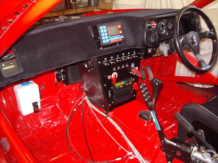 Perfect rally car dash. http://www.turbosport.co.uk/showthread.php?t=252983