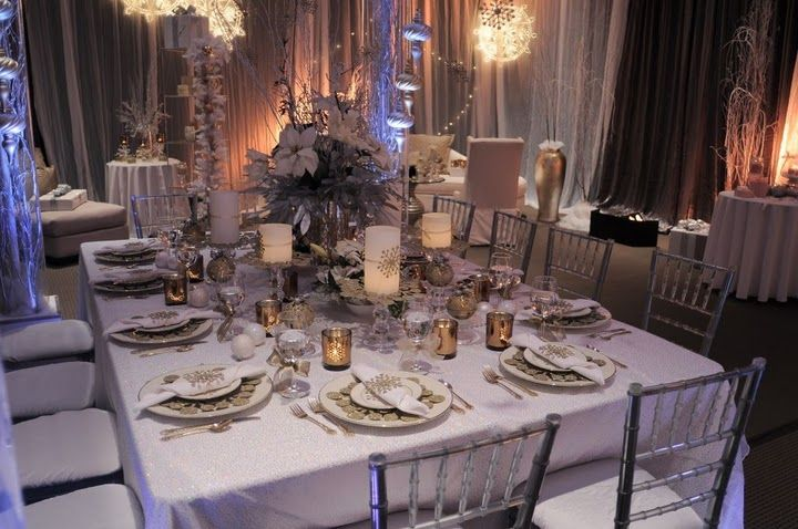 Decorating Idea Elegant Holiday Table Gold Canyon Candles Table Setting Decor Christmas Table Decorations