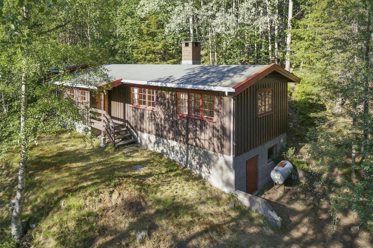 FINN – Flå - Rimesetra - Ny pris! Koselig hytte med 3 soverom og innredet uthus