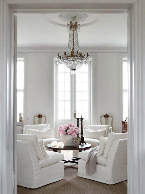 White with a splash of pink and crystals Stunning Pinterest