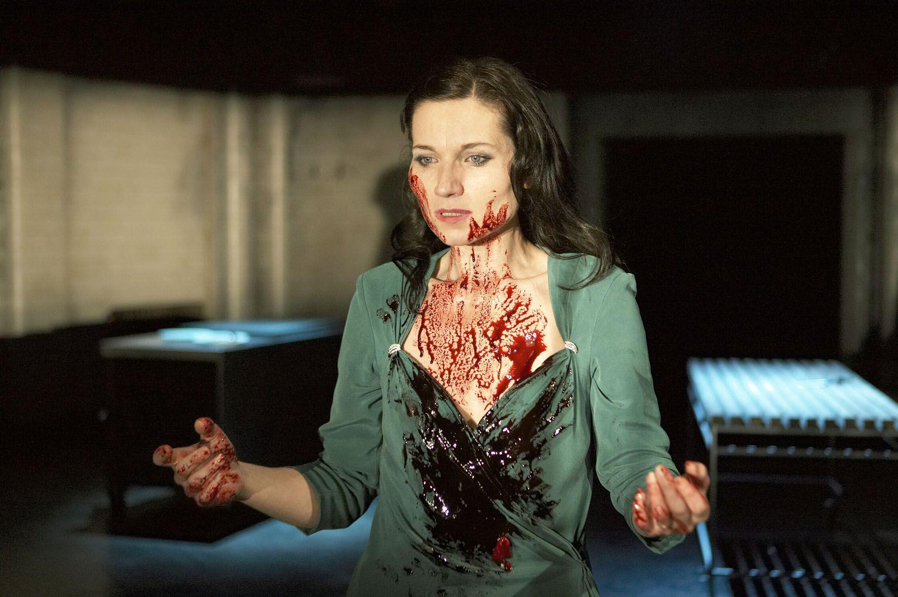 Did Macbeth murder/have anyone killed after his wife (Lady Macbeth) killed herself?