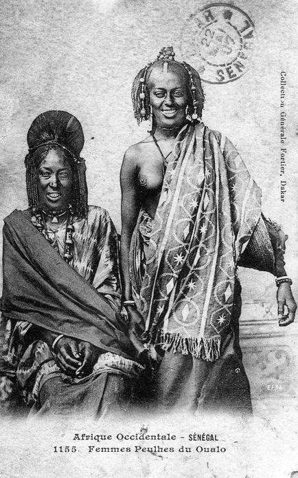 Africa | Fulani woman from Oualo (now Waalo), Senegal.  ca. 1907 || Scanned old postcard; published collection Generale Fortier, Dakar