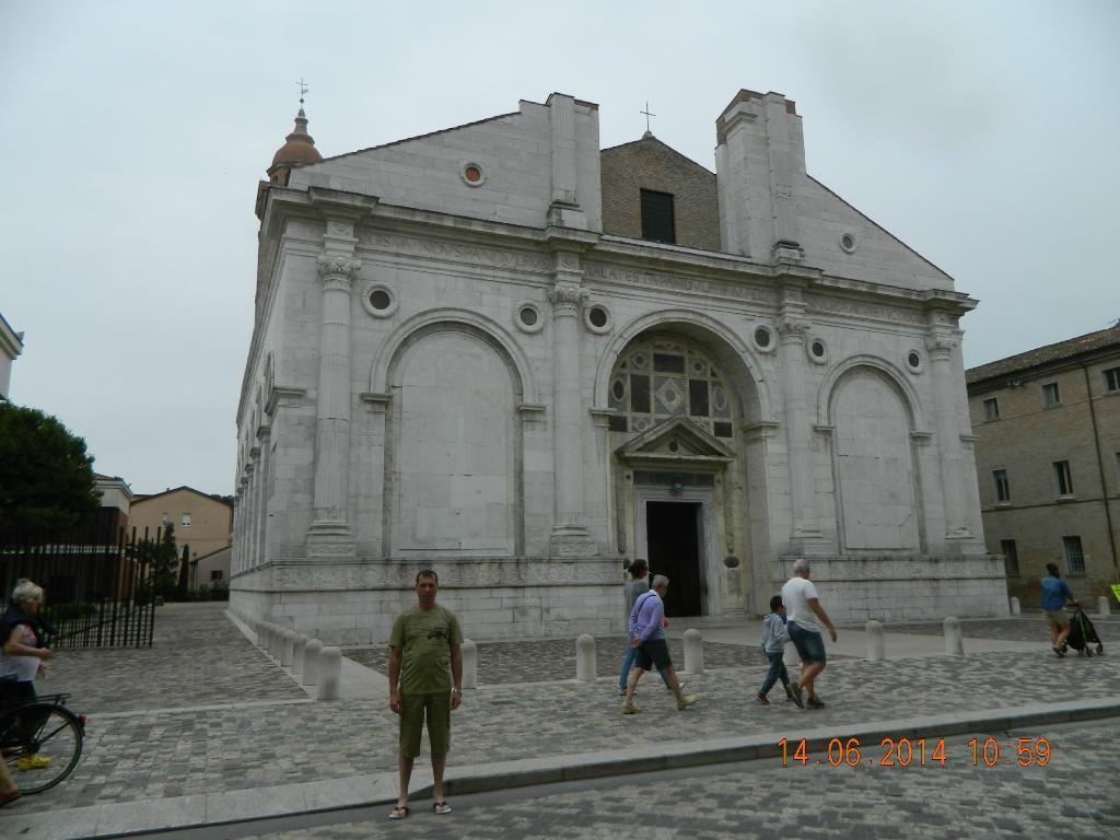 Monumento-simbolo di Rimini - Recensioni su Basilica Cattedrale (Tempio Malatestiano), Rimini - TripAdvisor