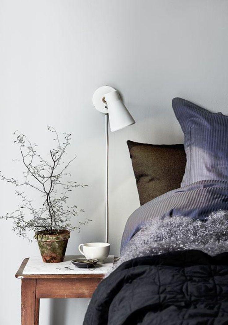 Wandlampe MOBILITY weiß | Pinterest | Wandlampen, Schlafzimmer bett ...