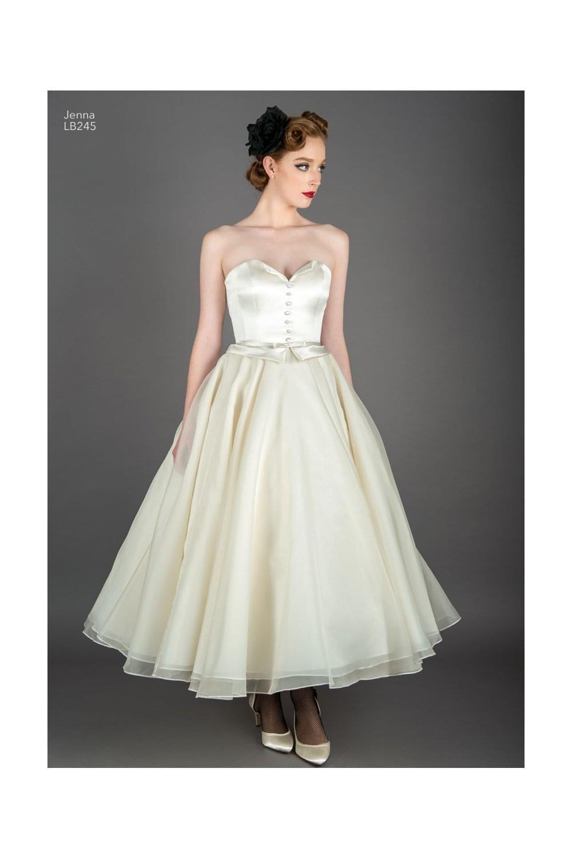 Wedding Dress 50s Inspired V 2020 G Platya