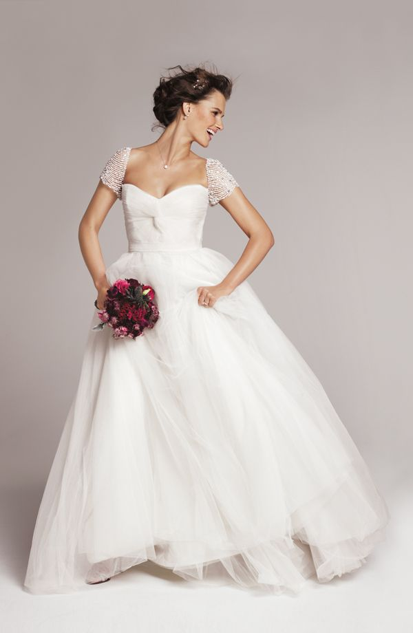 39 laurel 39 from the exclusive roses by reem acra collection for Nordstrom short wedding dresses