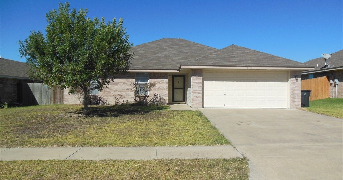 2707 Littlewood Killeen Tx 76549 4 Beds 2 Baths 1776 Sq Ft For More Information Contact Karen Doerbaum Lone Star Realty Rental Property Realty Property