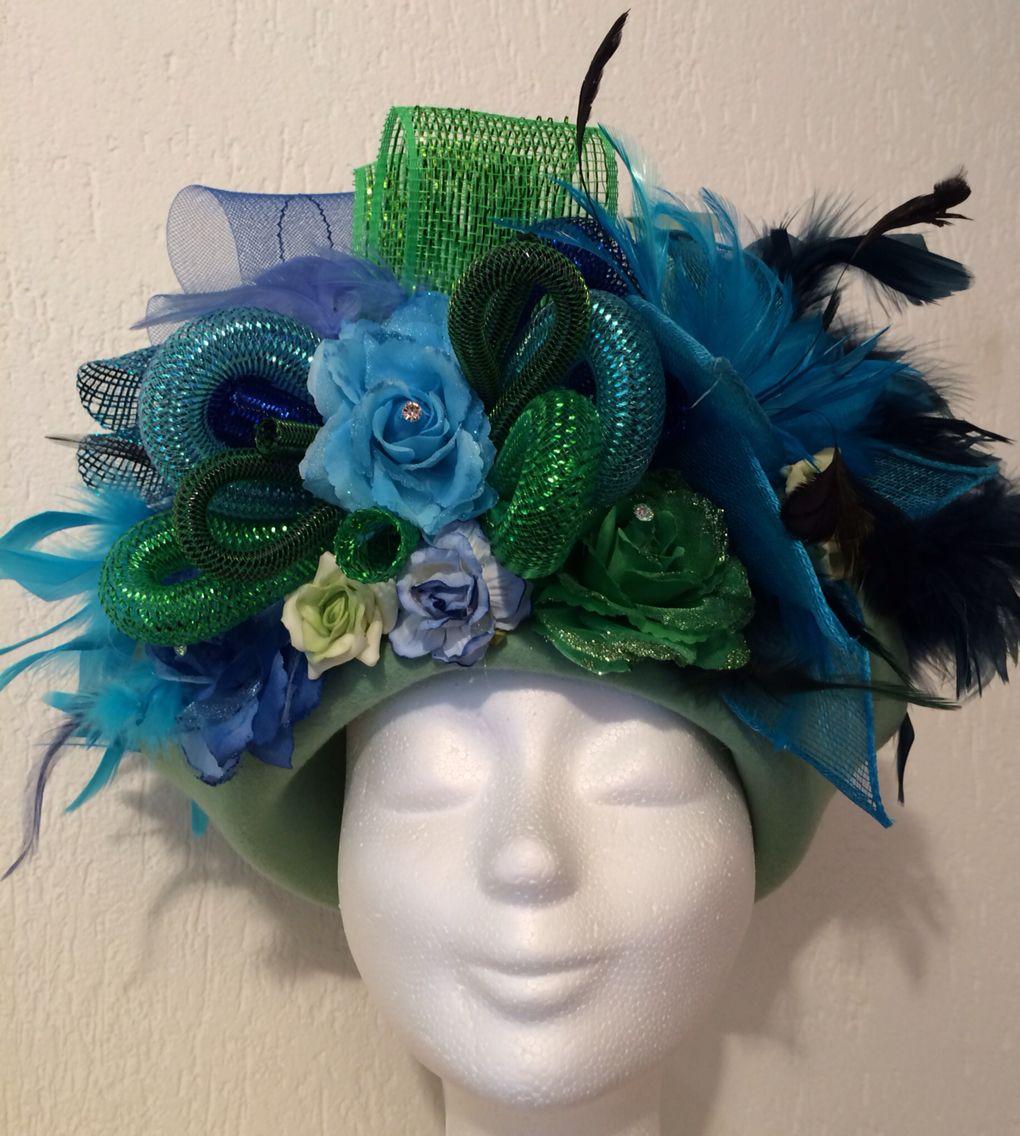 Photo of Handgemachter Hut Türkis / Grün / Blau für Vastelaovend / Karneval. Bestellen Sie in jeder Farbe …