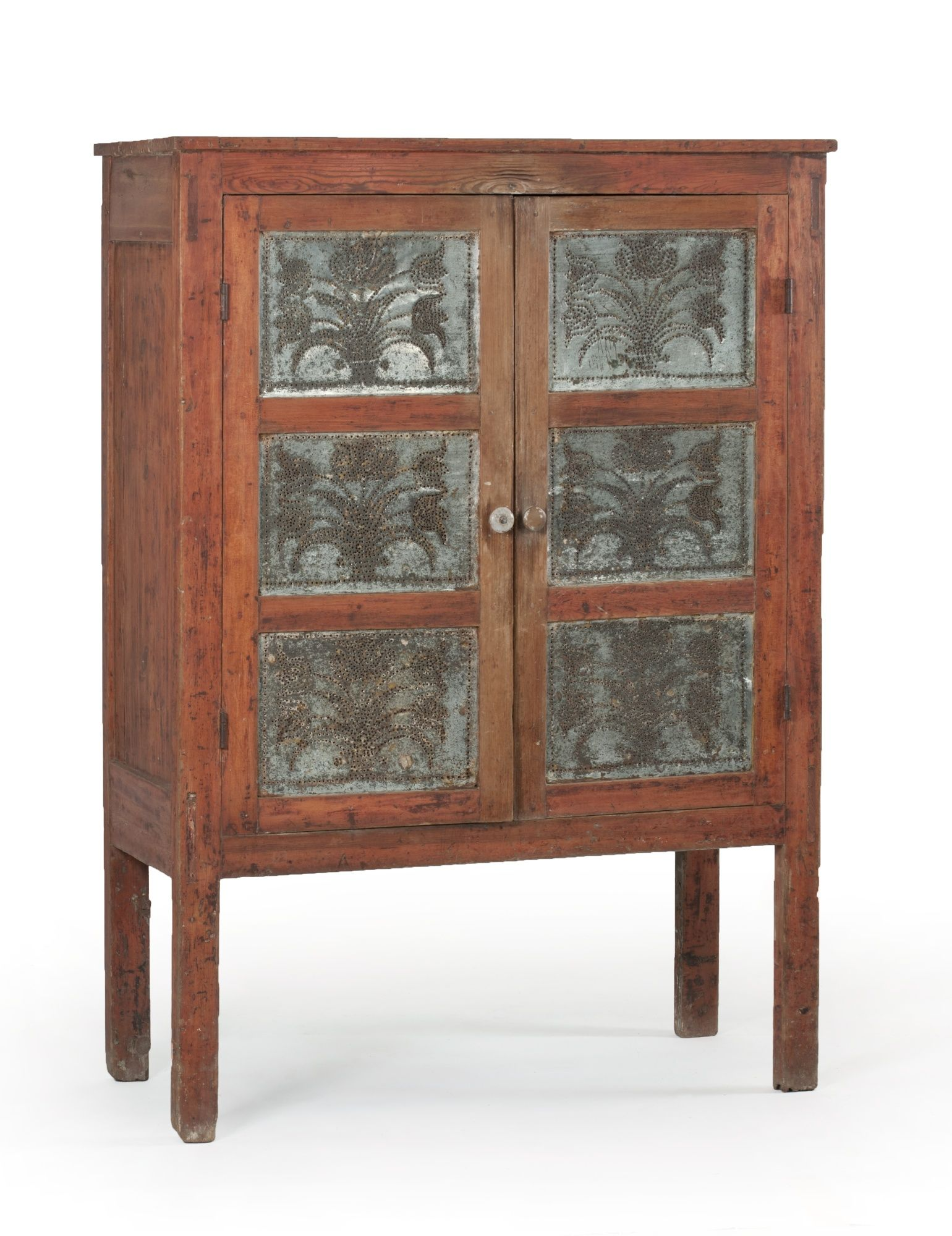 Furniture At Auction Americana And Paintings At Eldred S Auction House Primitive Furniture Pie Safe Furniture