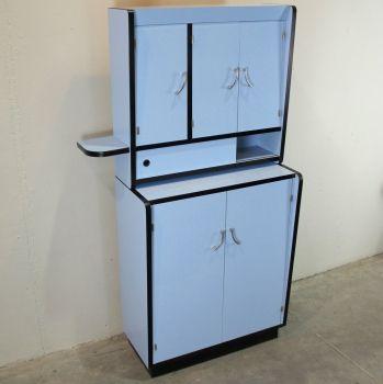 Mueble de cocina vintage - Formica azul con remates en ...