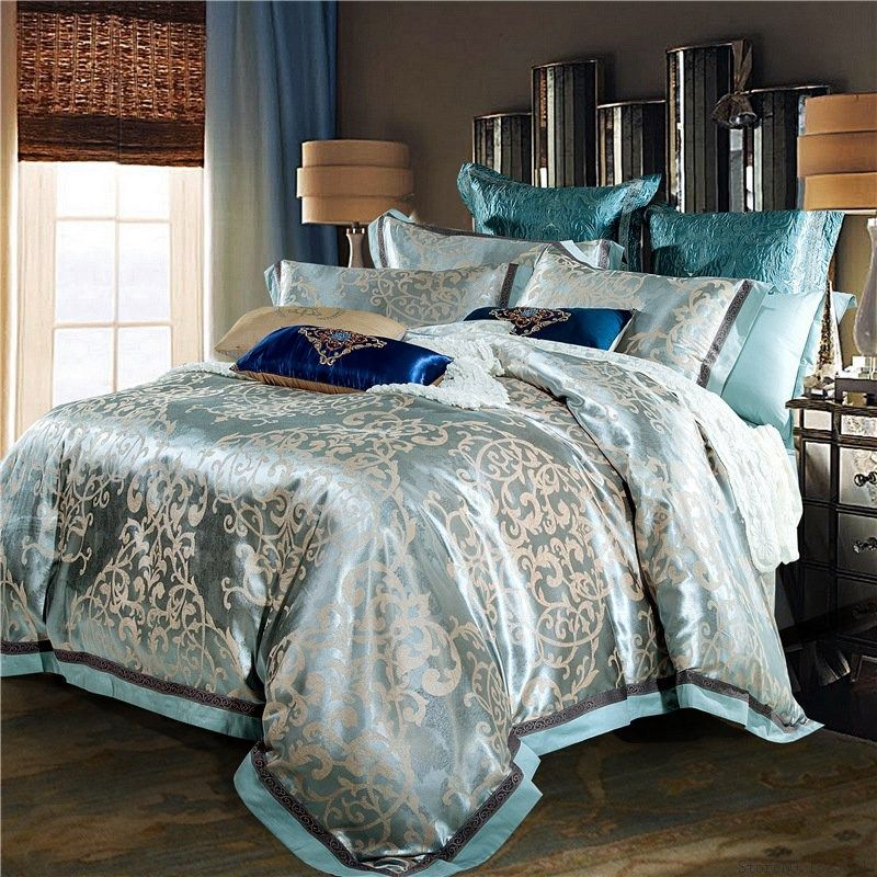 Luxury jacquard silk bed linen blue red pink silver gold for Exotic king size bedroom sets
