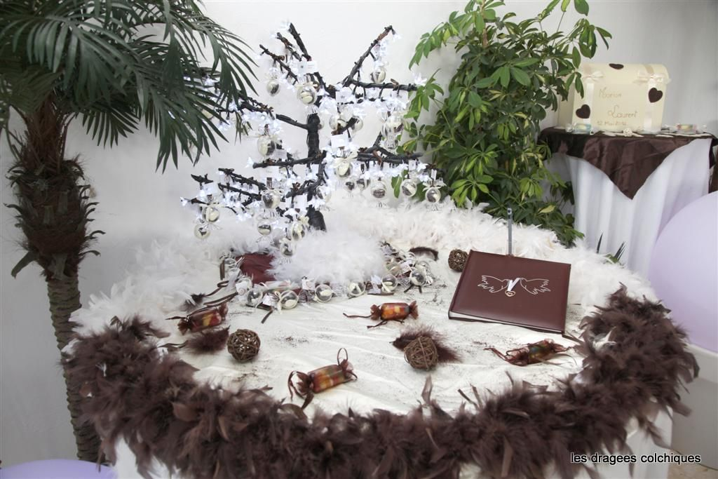 pr sentoir pour contenant drag es arbre lumineux support dragees bapteme et mariage. Black Bedroom Furniture Sets. Home Design Ideas