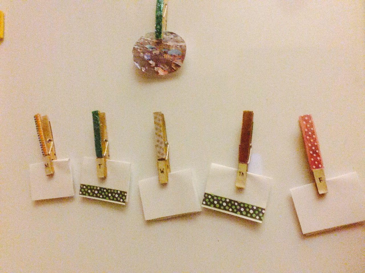 Super easy DIY note clips for school locker ❤️