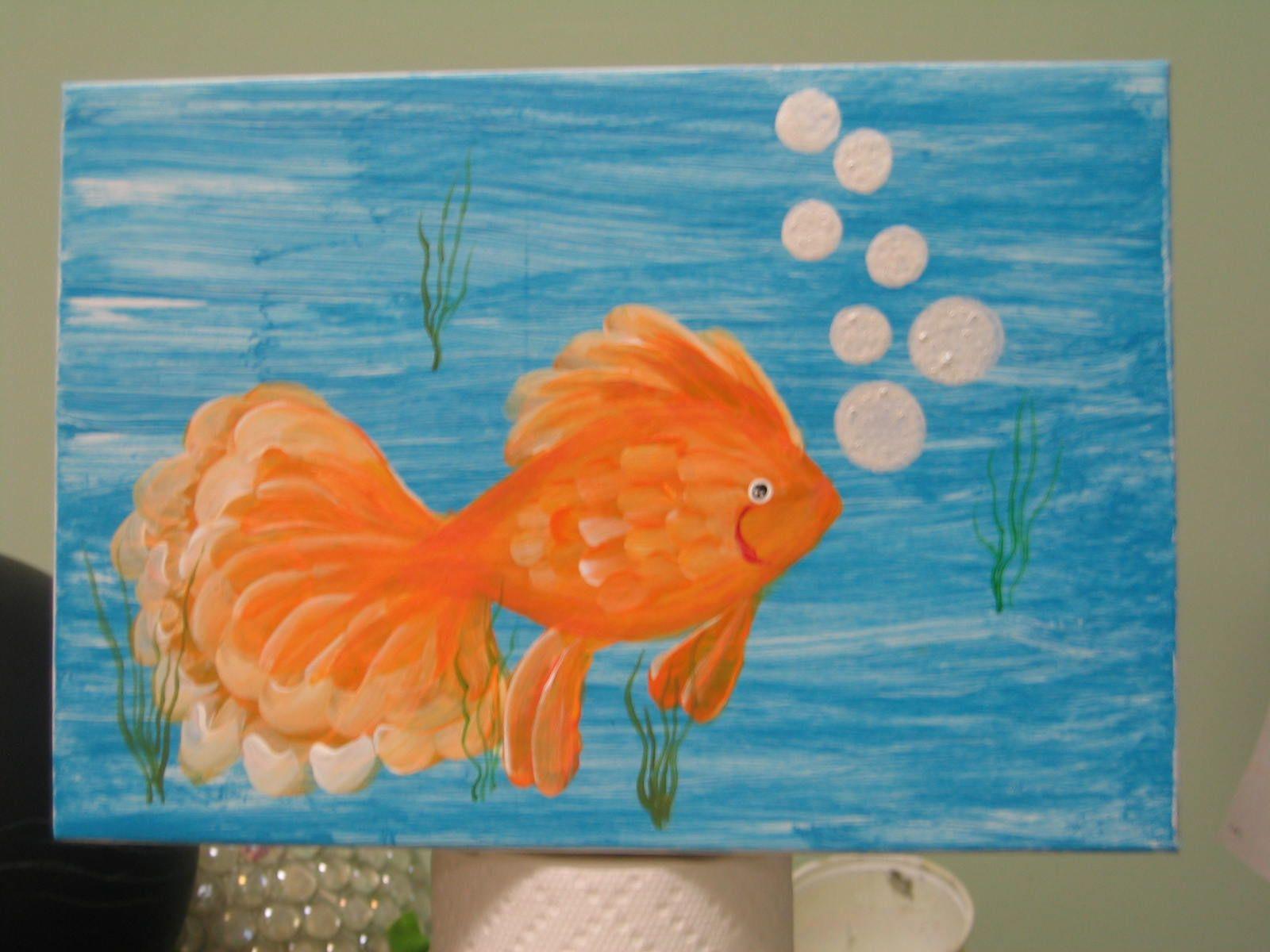 Goldfish on lid of box, 3-'13.