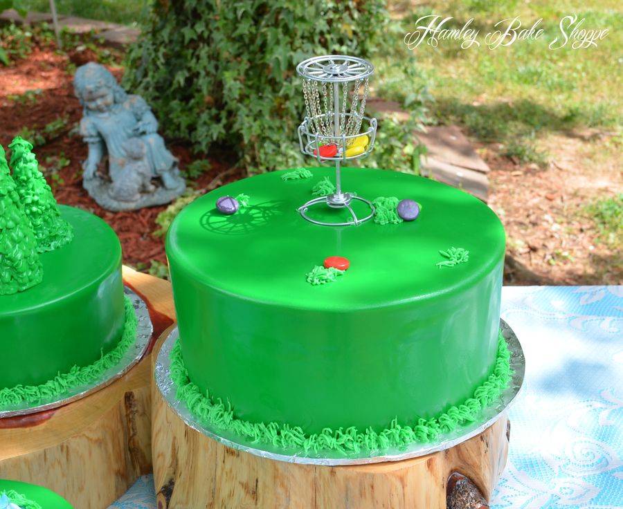 Disc Golf Cake Or Frisbee Golf Groom S Cake With Images Golf