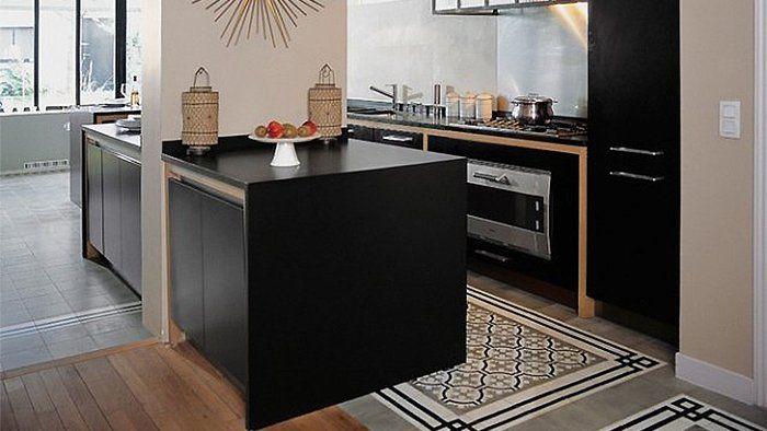 je veux des carreaux de ciment dans ma cuisine cuisine. Black Bedroom Furniture Sets. Home Design Ideas