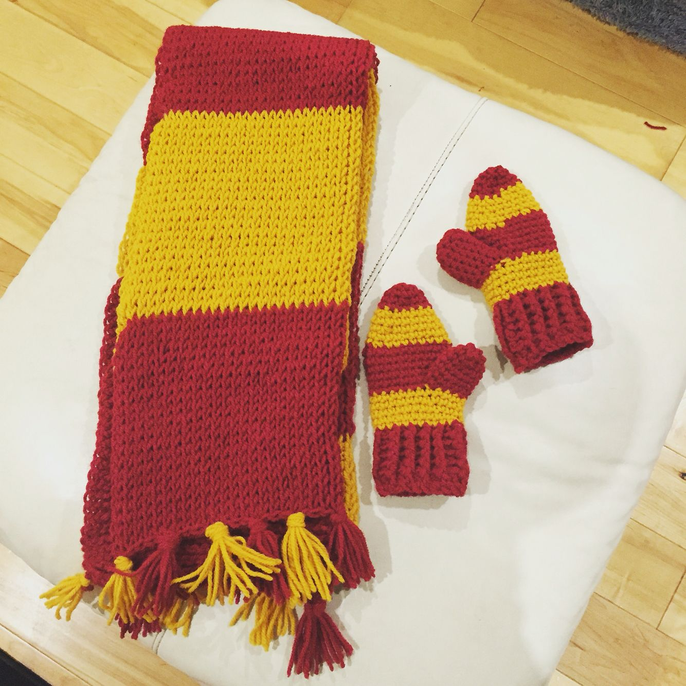 My Harry Potter scarf and mitten set | Crochet and Knitting ...