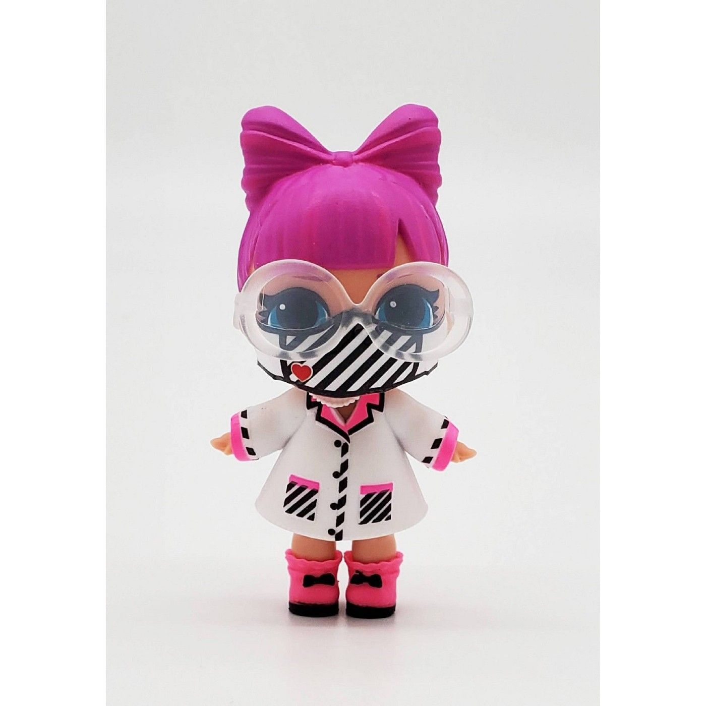 NEW LOL L.O.L Surprise MGAE Cares Doll Ball Frontline Hero Limited Edition