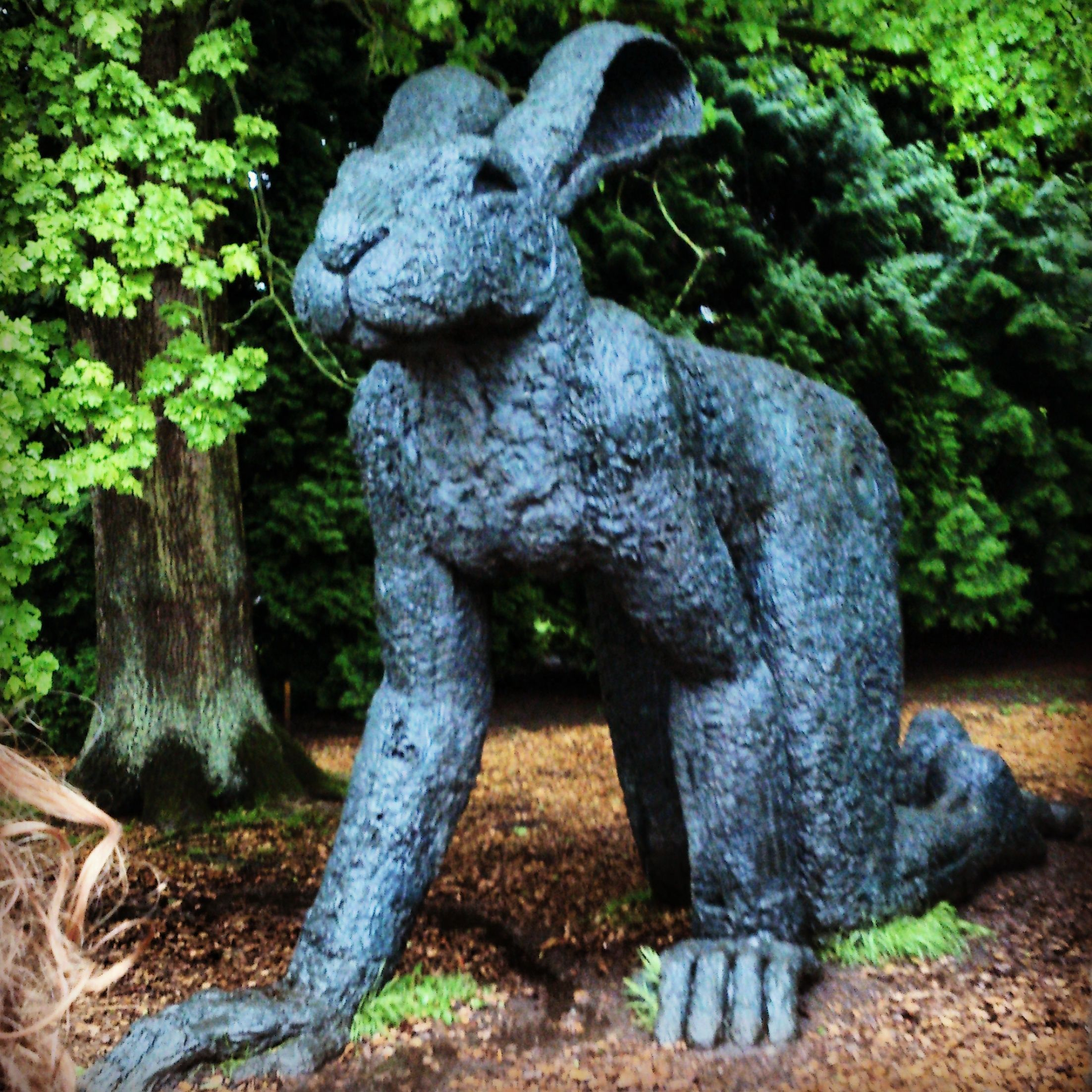 Sophie Ryder - CRAWLING LADY-HARE Wire frame, plaster and Found ...