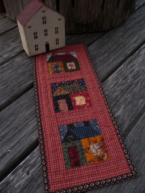 Building houses from scraps: Nog meer huisjesquilts - More finished house quilts