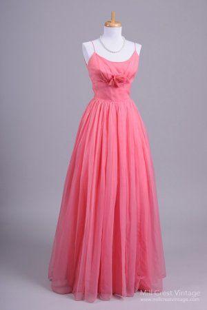 #1950's Harry Keiser Salmon Chiffon Vintage Gown Prom Perfect #2dayslook #PromPerfect #sunayildirim #anoukblokker www.2dayslook.com
