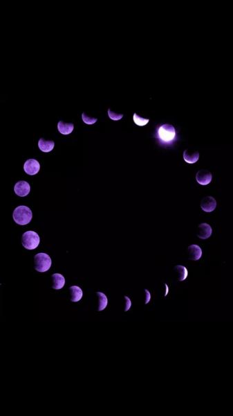 wallpaper purple moons | Tumblr (med bilder) | Iphone bakgrundsbilder, Wallpaper