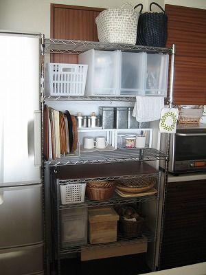 スチールラック キッチン 収納 アイデア 画像 スチールラックの収納術 メタル キッチン アイデア イケア スチールラック キッチン キッチン 収納 アイデア キッチン