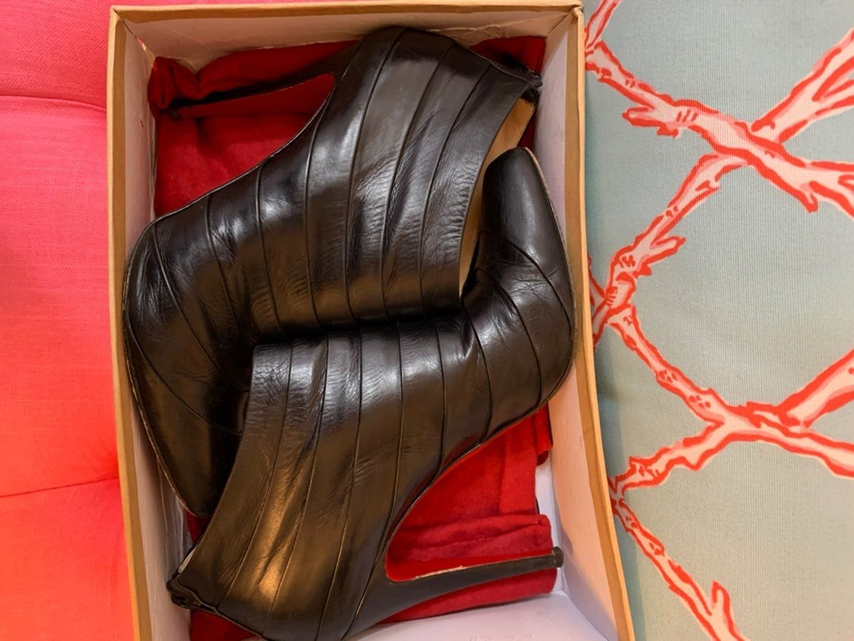 Pin On Christian Louboutin Boots
