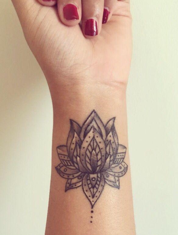 Pin By Katherina Colston On Tattoos Flower Wrist Tattoos