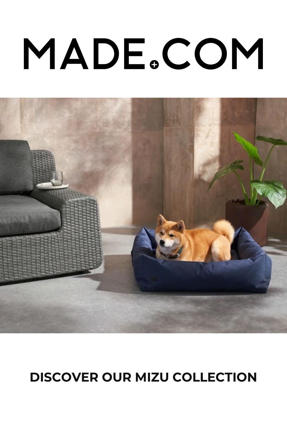 Mizu Large Water Resistant Pet Bed, Navy