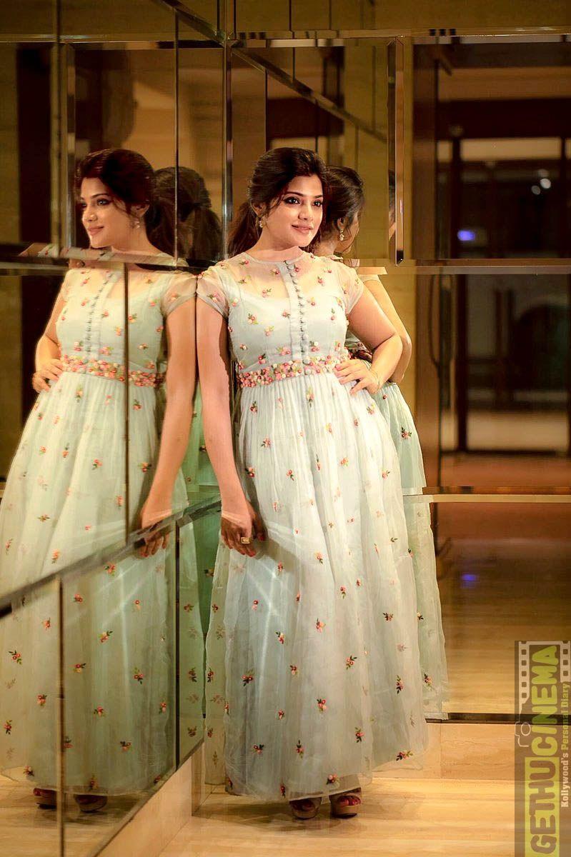 e2f633cb3d4 Aathmika mirror full size images Actress Aathmika 2018 HD Stills