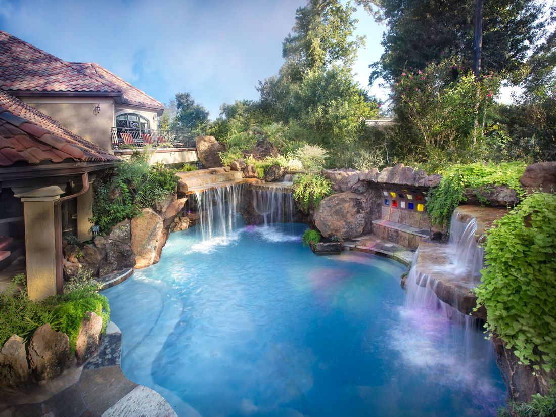 Beautiful backyard this pool is amazing www for Landscape gardeners poole