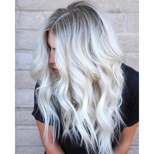 """Frozen Blonde"""" Is Now a Hair Color Trend And Our DisneyLoving Hearts Can't Take It is part of Cool hair color - These gorgeous icy blondes might make you wonder if you should let it go—go frozen blonde, that is"""