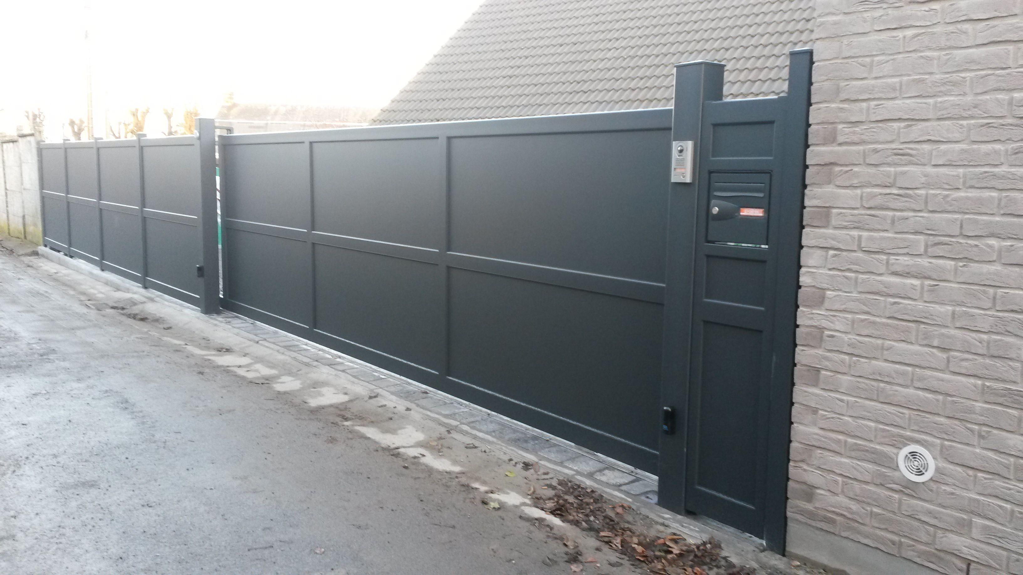 large porte coulissante portail en