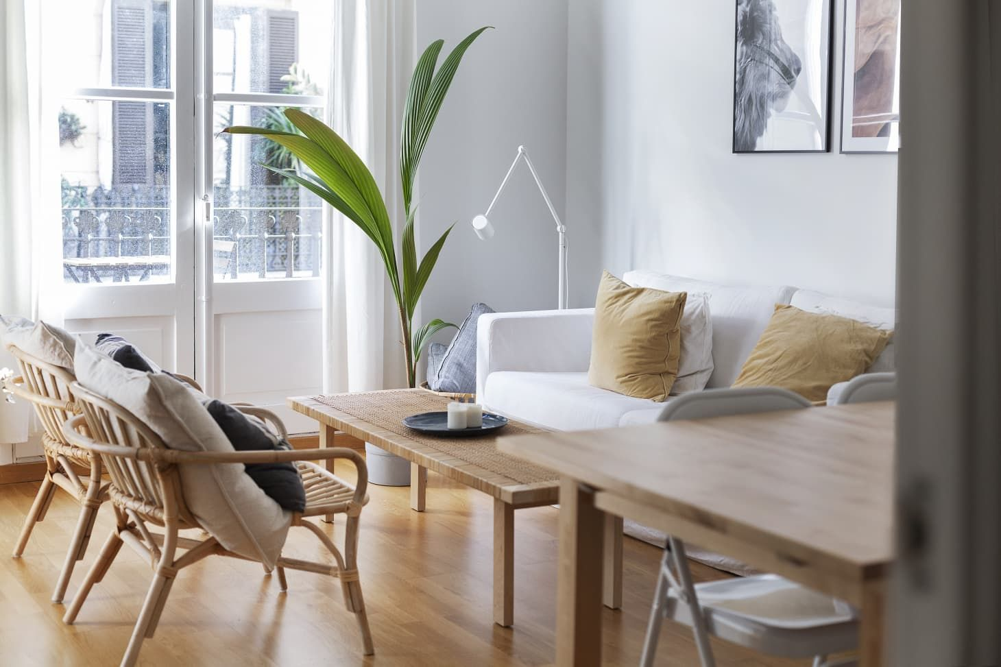 20 Of Our Favorite Modern Home Decor Stores That Aren T Ikea In 2020 Affordable Modern Furniture Home Decor Home Decor Store