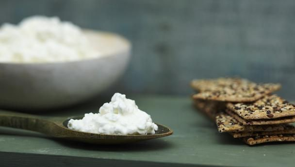DIY Cottage Cheese  The Perfect Food For Getting Casein Protein, A  Slow Digesting
